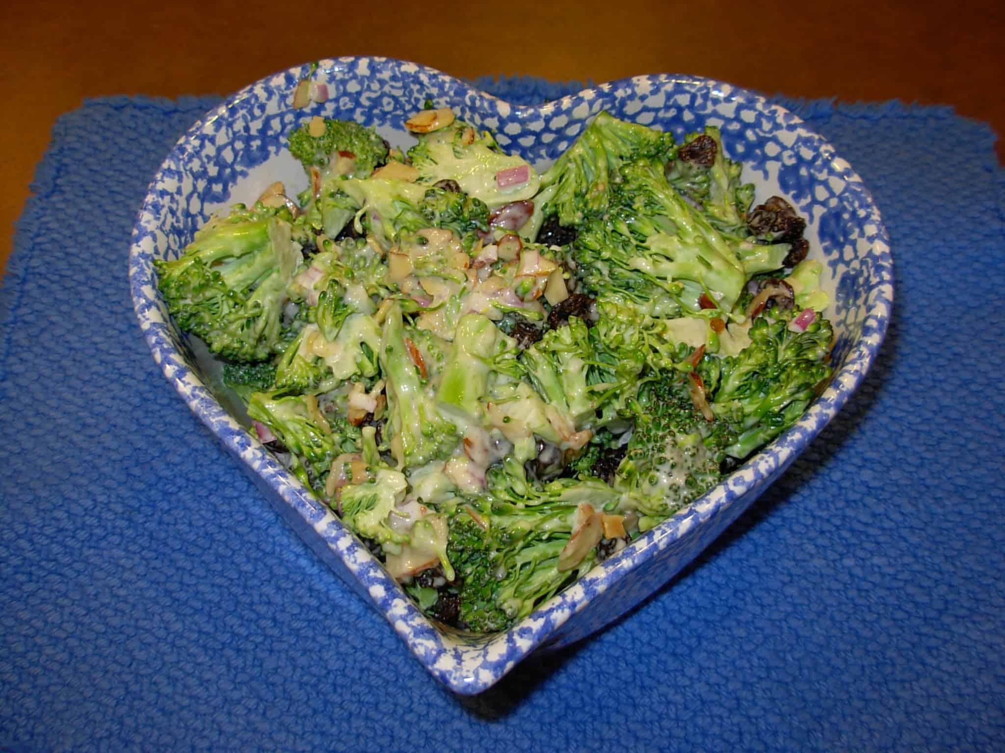Roni's Favorite: Broccoli Salad