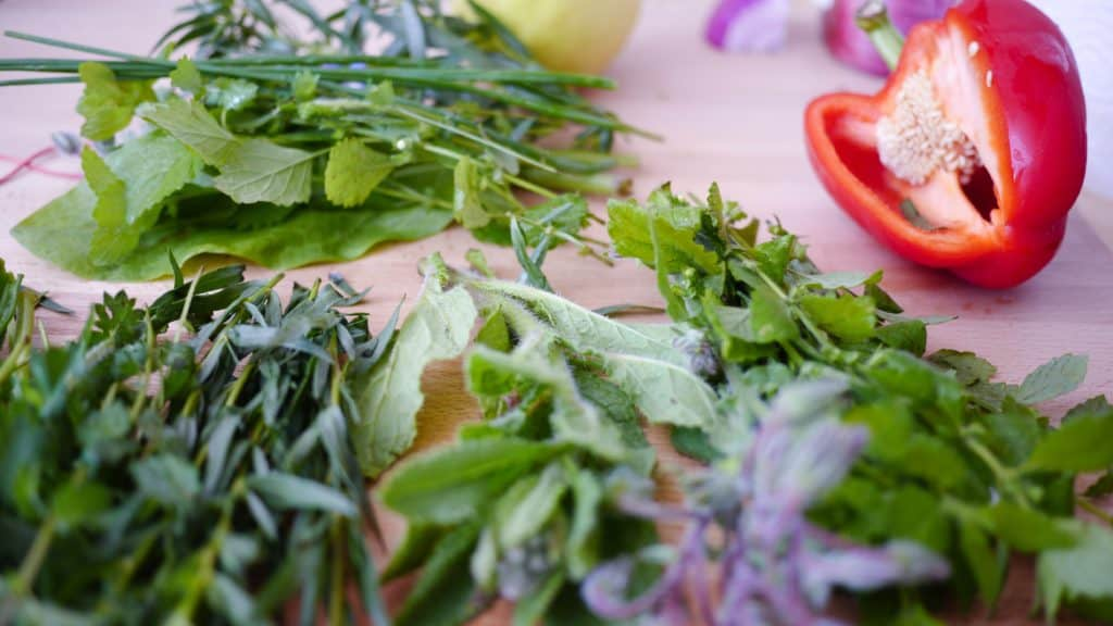 Fresh herbs. Courtesy of Unsplash.com/Thomas Rehehäuser.