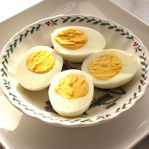 How to make hard boiled eggs—perfectly