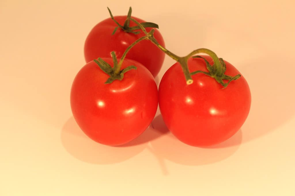 are tomatoes a fruit fruits for a healthy skin
