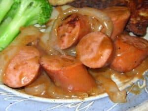 Kielbasa in Onion Gravy