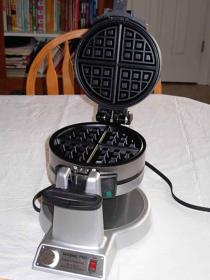 Waring Pro Waffle Iron