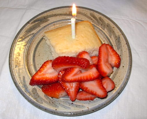Almond White Cake with Strawberries