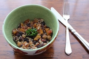 Slow Cooker Spicy Black Beans and Apricots