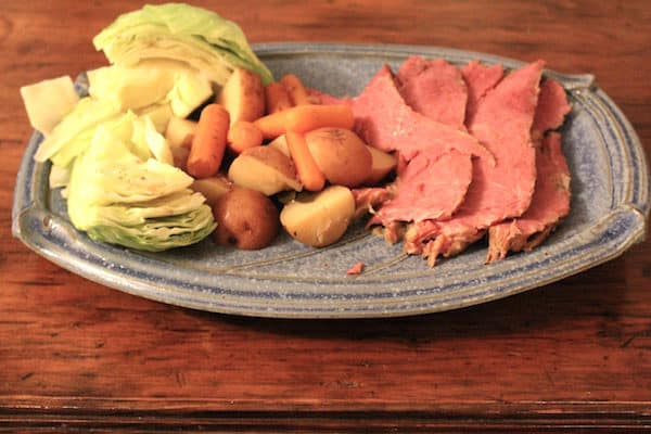 Slow Cooker Corned Beef and Cabbage Dinner