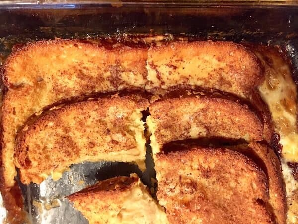 This Overnight Baked French Toast Recipe is a family favorite. Great casserole for company. #OvernightBakedFrenchToast