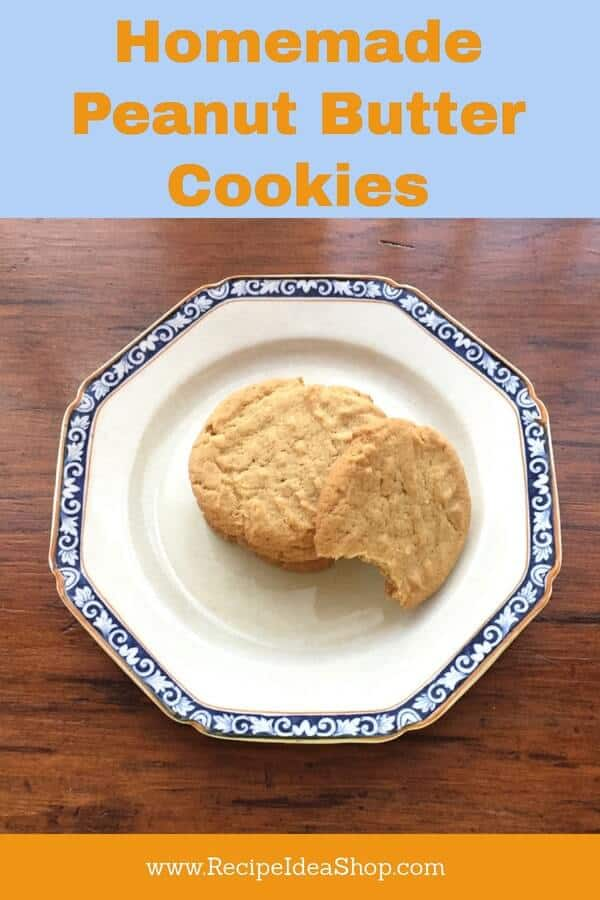 Melt-in-your-mouth Homemade Peanut Butter Cookies. #homemadepeanutbuttercookies, #recipeideashop, #oldfashionedpeanutbuttercookies