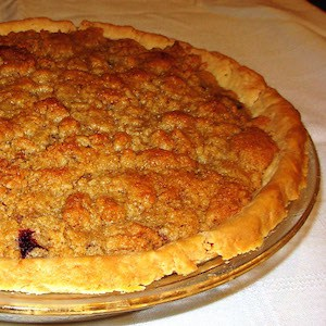 Crumbly Top Blueberry Pie