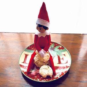 Coconut Kiss Cookies with El Cocinera, the elf.
