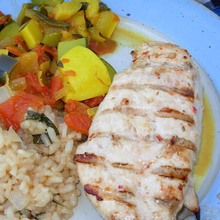 This Grilled Italian Chicken is SO flavorful.