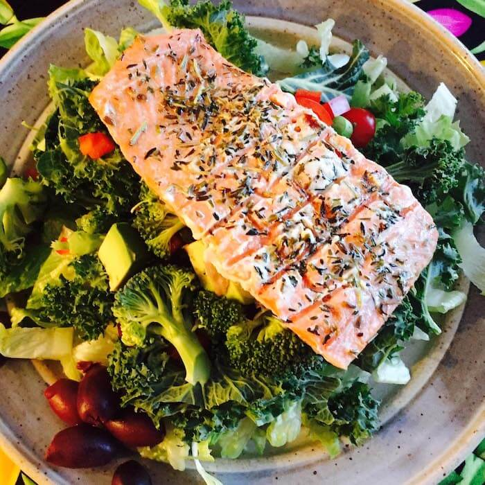 Grilled Herbed Salmon Salad, simple and delicious.