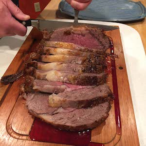Slicing the perfect Prime Rib roast