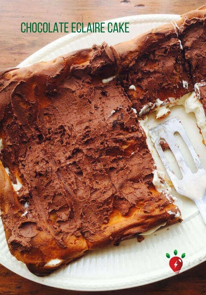 Pastry filled with pudding? Awesome. #ChocolateEclaireCake #HealthyTwist #Recipes #RecipeIdeaShop