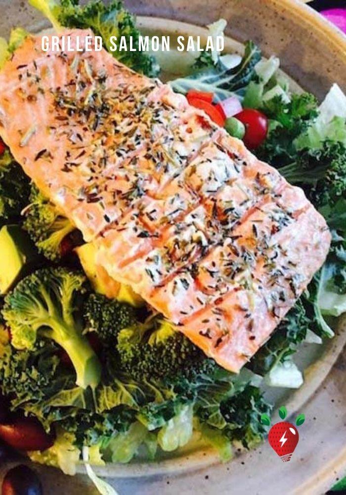 Grilled Salmon Salad. Light. Scrumptious. #GrilledSalmonSalad #GrilledSalmon #SaladRecipes #Recipes #GlutenFree #DairyFree #HealthyTwist #RecipeIdeaShop